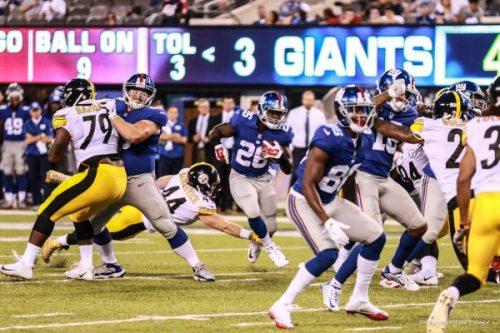 (Photo Credit: Bobby O'Hara/PureSportsNY) Darkwa has emerged as the Giants' lead back.