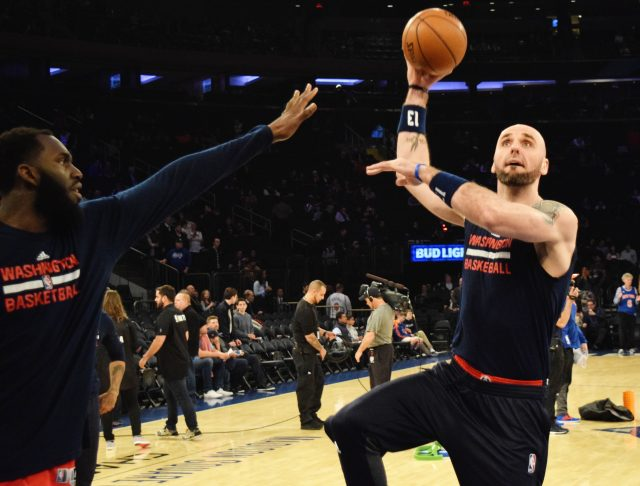 (Photo Credit: Barry Holmes) Gortat (12 PTS, 12 REB) played solid for Washington.